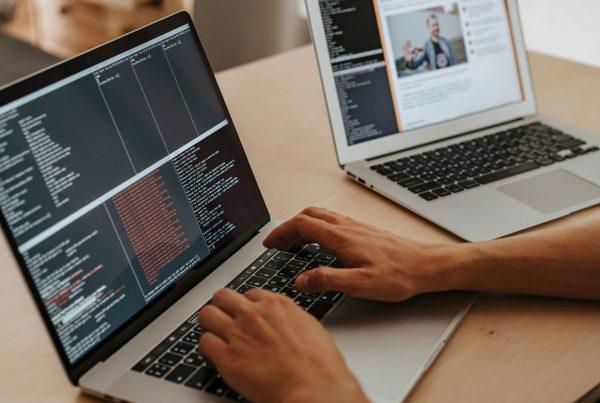 top 10 text analysis APIs 2021 blog banner